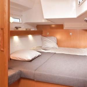 Bavaria Cruiser 50 vitorlás bérlés Horvátországban,  vitorlás bérlés az Adrián,  Adria,  luxusnyaralás