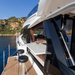 Galeon 500 Fly hajó bérlés Horvátországban,  hajóbérlés az Adrián,  luxusnyaralás,  hajóbérlés Horvátország