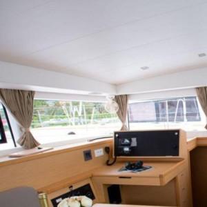 Lagoon 400 S2 katamarán bérlés,  hajóbérlés az Adrián,  hajóbérlés,  luxusnyaralás