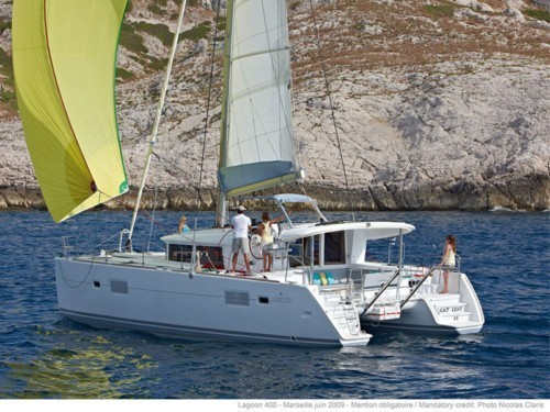 Lagoon 400 S2 katamarán bérlés Horvátországban,  hajóbérlés az Adrián,  Horvátország,  Horvátország hajóbérlés