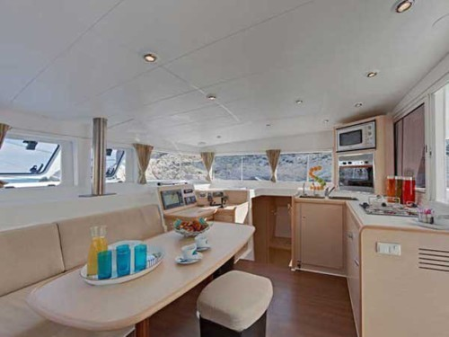Lagoon 400 S2 katamarán bérlés,  yacht bérlés,  hajóbérlés Horvátország,  hajóbérlés Adria