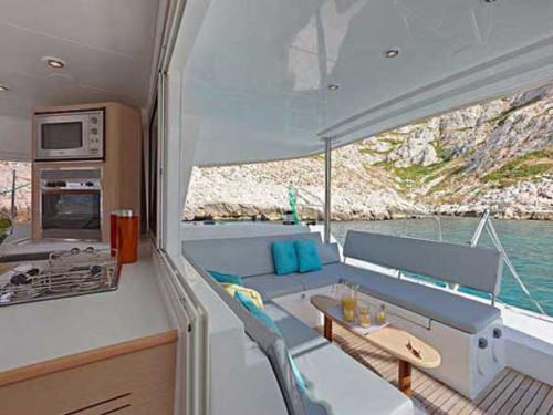 Lagoon 400 S2 katamarán ,  luxusnyaralás,  yacht bérlés,  hajóbérlés Adria