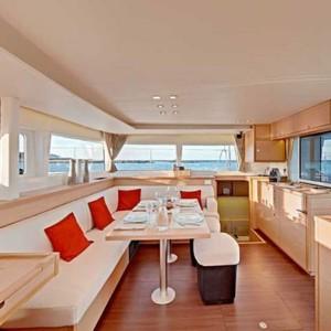 Lagoon 450 luxusnyaralás,  yacht bérlés,  Horvátország hajóbérlés,  hajóbérlés Adria