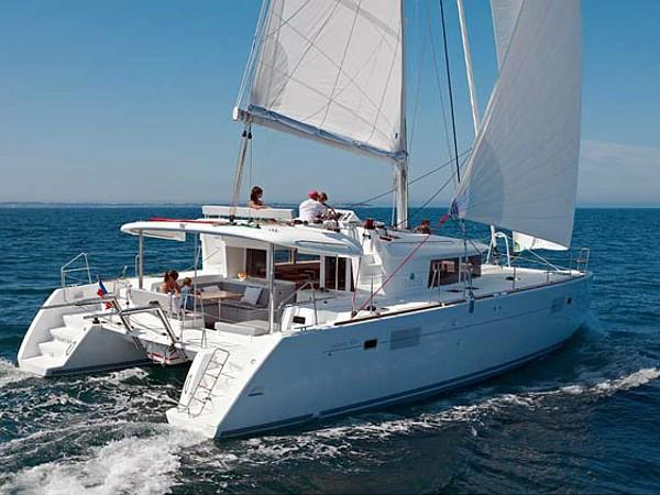 Lagoon 450 katamarán bérlés Horvátországban,  hajóbérlés az Adrián,  yacht bérlés,  Adriai tenger