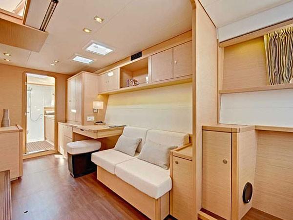 Lagoon 450 luxusnyaralás,  hajóbérlés Adria,  katamarán bérlés,  Adriai tenger