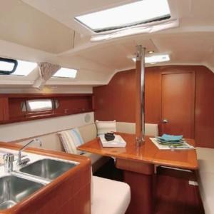 Oceanis 34 vitorlás ,  luxusnyaralás,  yacht bérlés,  Adriai tenger