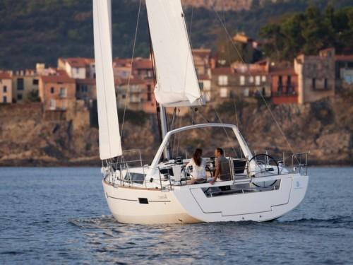 Oceanis 41 vitorlás bérlés,  hajóbérlés az Adrián,  hajóbérlés,  yacht bérlés