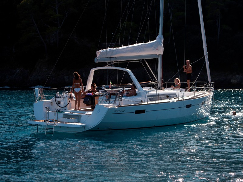 Oceanis 45 vitorlás bérlés Horvátországban,  vitorlás bérlés az Adrián,  hajóbérlés az Adrián,  Adria