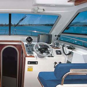 Vektor 950 motoros hajó ,  Horvátország,  hajóbérlés,  luxusnyaralás